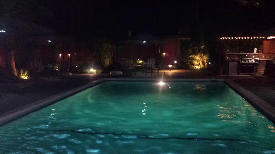 Late night at pool always open picture of desert riviera hotel palm springs tripadvisor for Late night swimming pools london