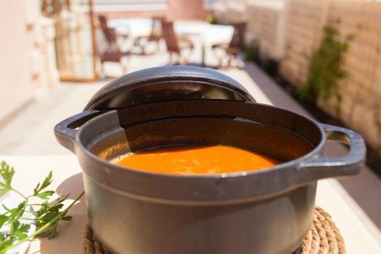"""Restaurante El Cenador : Arroz caldoso en puchero de forja - fish broth rice """"caldoso"""""""