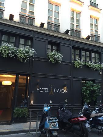 Hotel Caron : חזית המלון