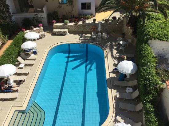 Hotel Ilios : Poolområde