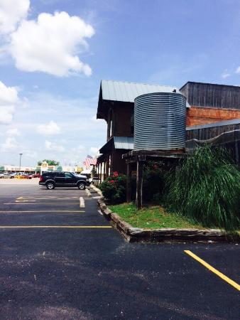 Swanny's BBQ & Steakhouse