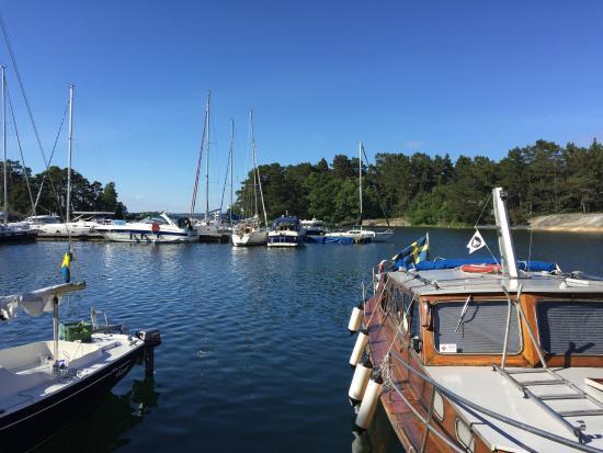 Sandhamn: Lökholmen Harbour