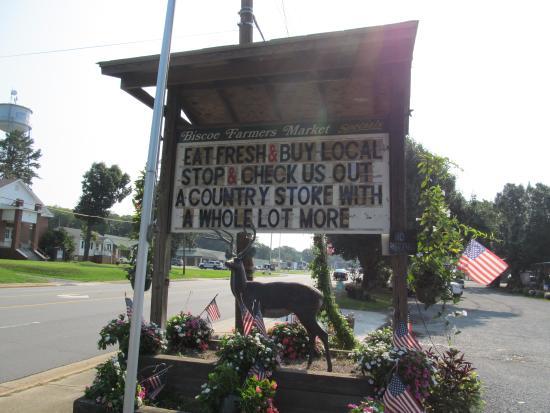 Biscoe, NC: Produce Market