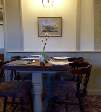 Great Bromley, UK: Cosy dining