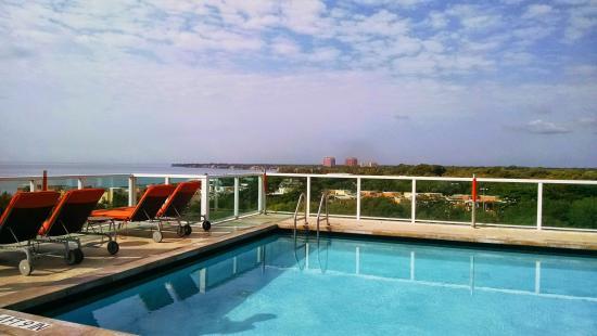 Hotel Arya: Rooftop pool