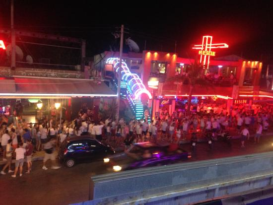 Best Hotels In Laganas For Clubbing