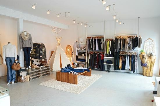 Bowen Island, Canada: Shop Interior