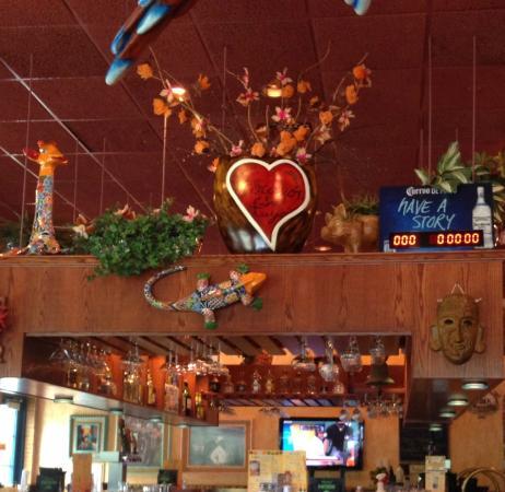 Margaritas Mexican Restaurant : Bar
