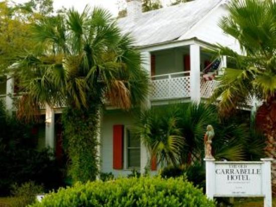 The Old Carrabelle Hotel: Vicky from England sent us this great shot