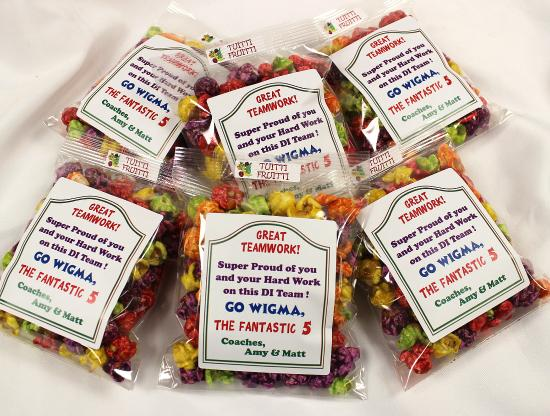 we can do custom labels for our popcorn packages that make the gift