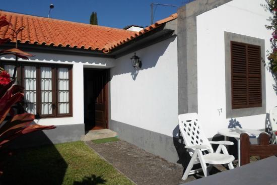 Vilas Oliveira: Front door