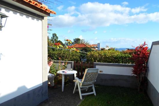 Vilas Oliveira: Garden from front door