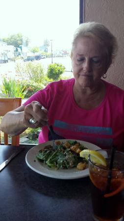 The Sporty Bar & Grill : Caesar Salad, Yumm!