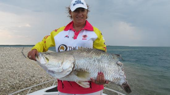 Territory guided fishing day tours darwin top tips for Best fishing days 2017