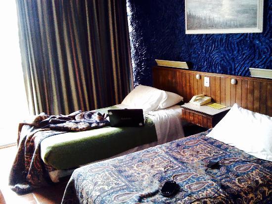 Savoy Inn: photo2.jpg