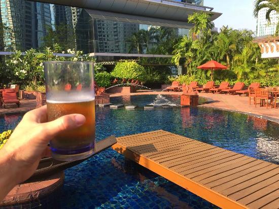 Pool - 플라자 아테네 방콕 로열 메르디앙 호텔, 방콕 사진 - 트립 ...