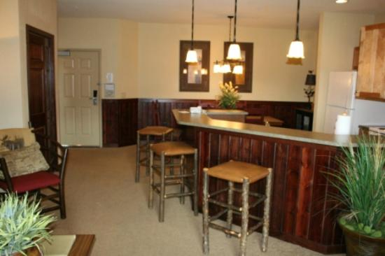Glacier Canyon Lodge: Two BR Deluxe