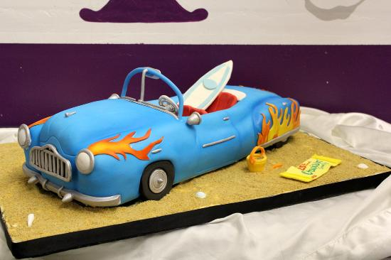 Snow Hill, Мэриленд: 3D Car cake for 2015 Cruisin Ocean City
