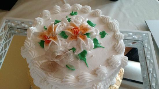 Cakes by Tawanda