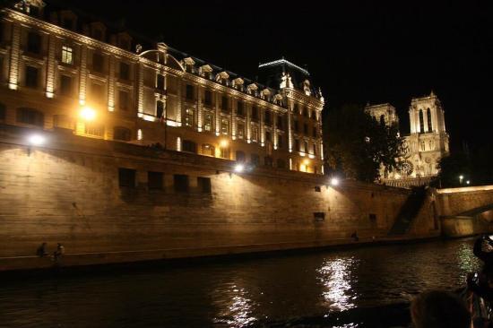 Paris, França: El Sena