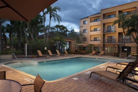 Courtyard Tampa Westshore/Airport: Pool