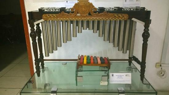 Tuxtla Gutierrez, Mexico: tipos de marimbas