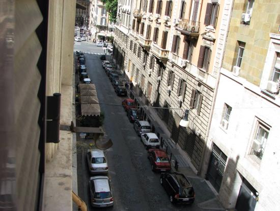 Basilio 55 Rome: View of street from our room.