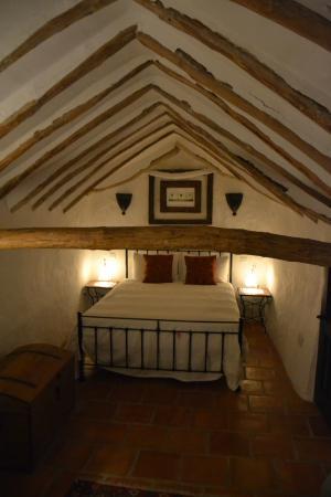 Casa Las Encinas: Bed