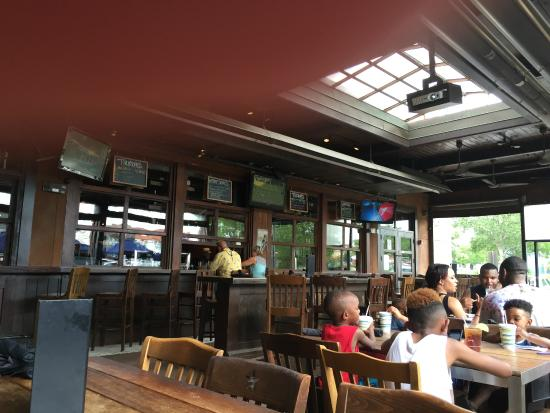 outdoor eating - Picture of Liberty Tap Room & Grill, Myrtle Beach ...