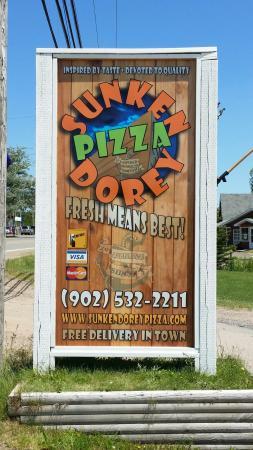 Sunken Dorey Pizza