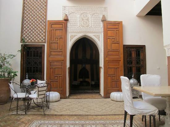 Zamzam Riad: The Courtyard