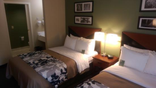 Sleep Inn & Suites Lancaster County: photo1.jpg