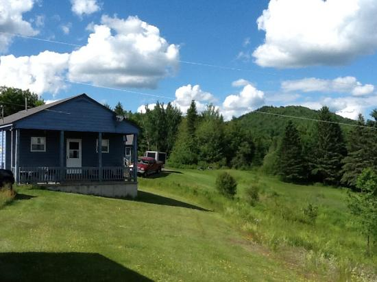 Snowfield Cabins: Back of our cabin #16