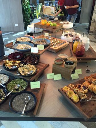 Buffet breakfast deals brisbane