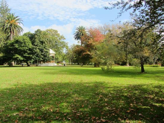 حديقة أوكلاند دوماين