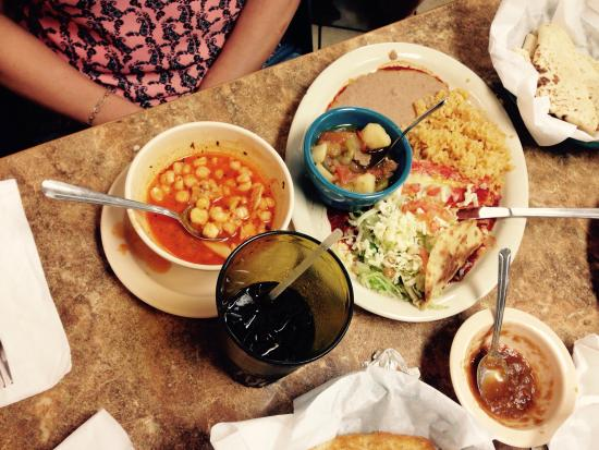 Busy but great food the lunch box el paso traveller reviews tripadvisor for Marty robbins swimming pool el paso