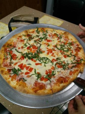 Nonna Maria's Pizzeria