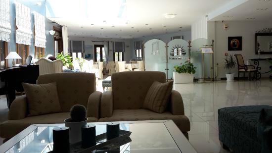 Naxos Resort Beach Hotel: Lobby