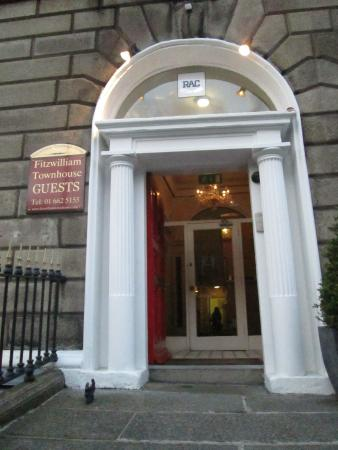 Fitzwilliam Townhouse: Entrance