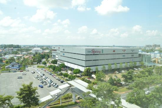 Citadines Uplands Kuching: View from the windows (plus The Spring mall)