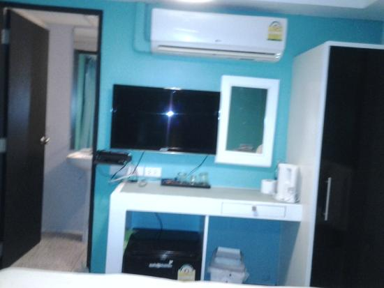 Hotel California: aircon above TV and Power Socket sso dangerous