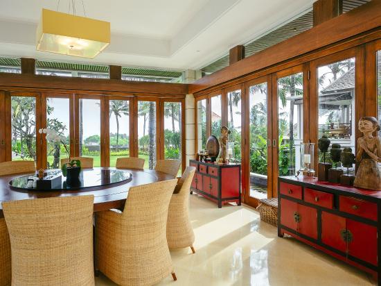 Villa Semarapura - dining room