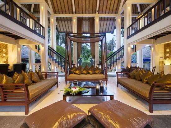 Villa Ylang Ylang: The Ylang Ylang - living bale