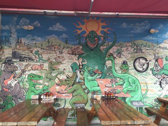 Syracuse, NY: Outside Dino-Wall