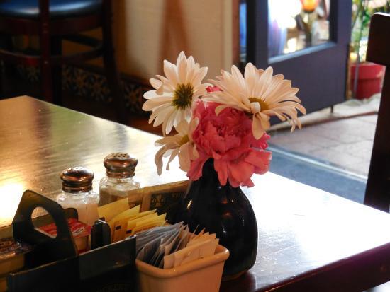 Blue Willow Restaurant & Gift Shop : table near patio door