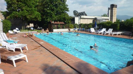 Garden Hotel: la piscina