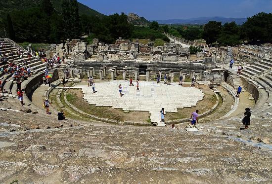 Efes Antik Tiyatro Bild Von Efes Antik Kenti Tiyatrosu Selcuk