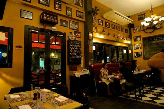 Chez Papé French Bistro