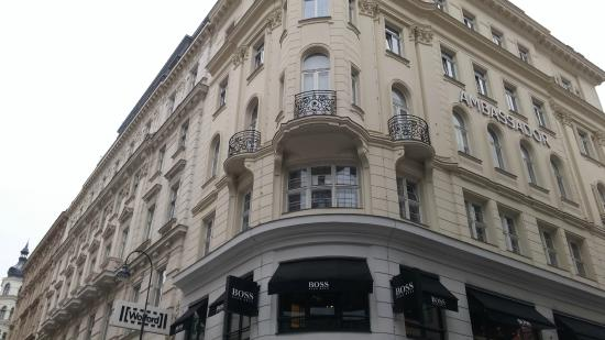 Hotel Ambassador: Hotel