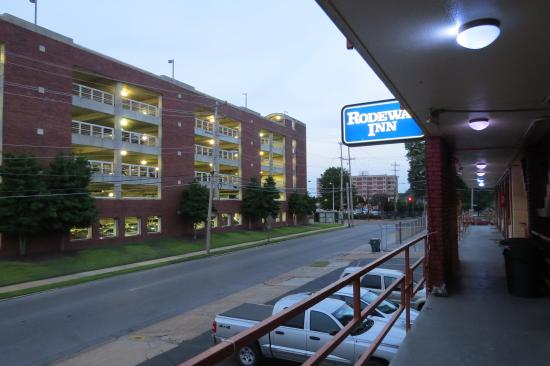 Rodeway Inn Memphis: room with a view NOT